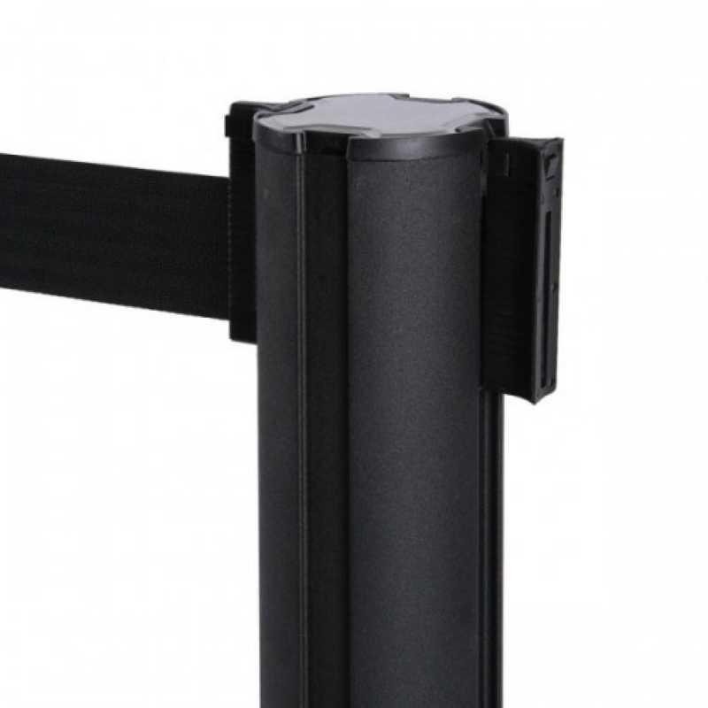 postes-separadores-com-fita-extensivel.jpg